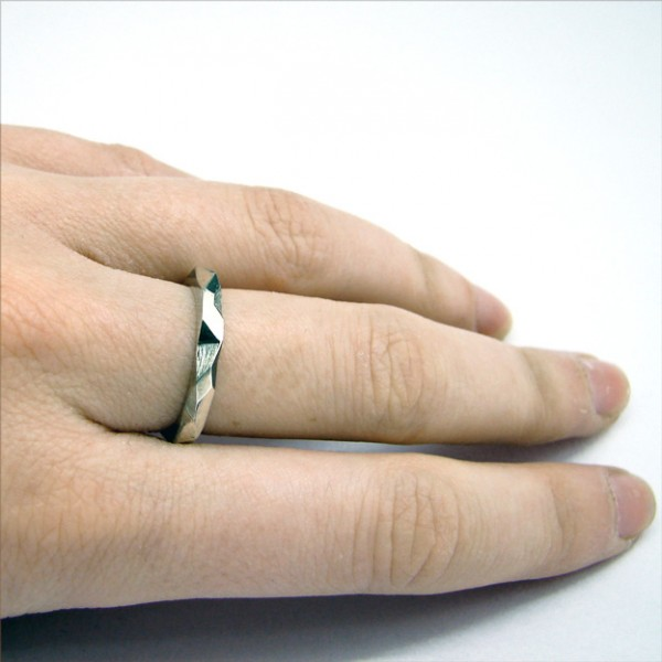 geometrical ring