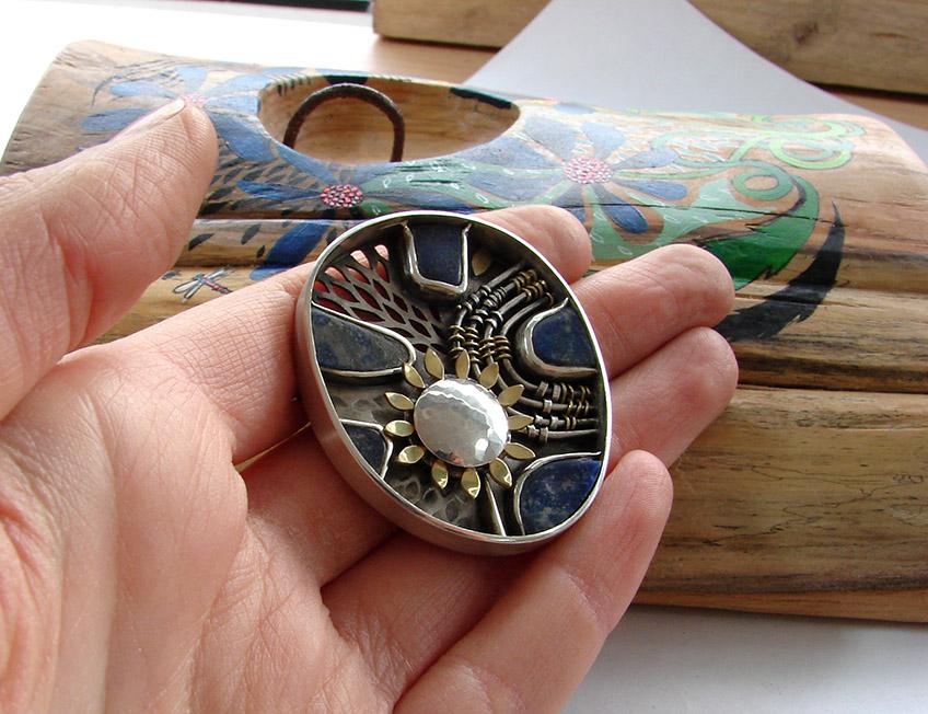 lapiz-lazuli brooch