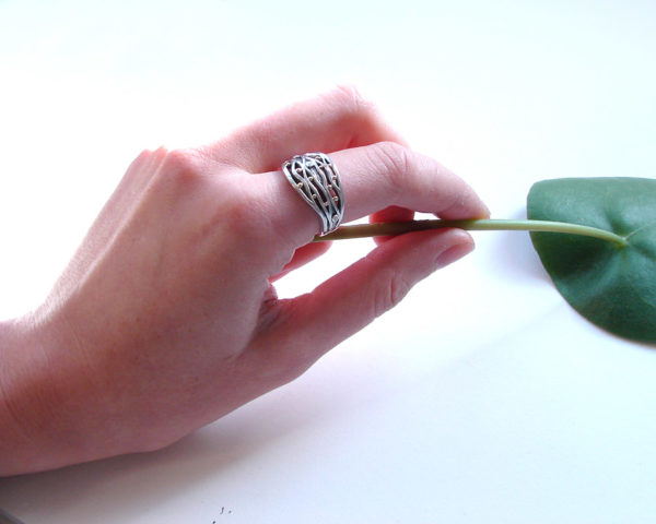 wavy silver ring