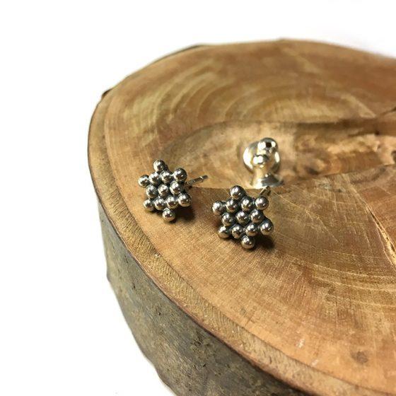 silver grains studs