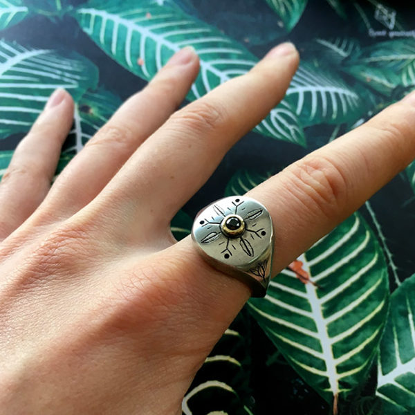 unisex silver signet ring